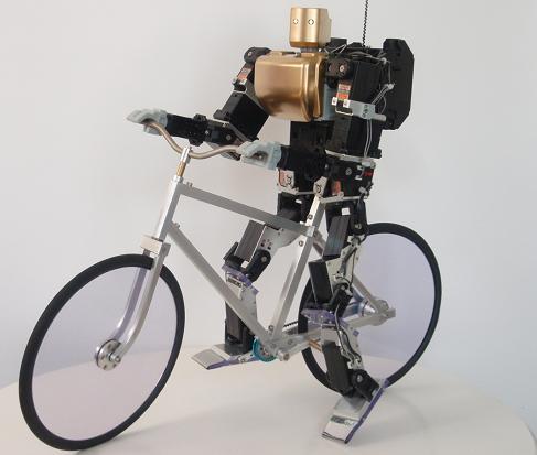 робот велосипедист